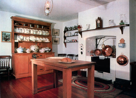 Early colonial kitchen