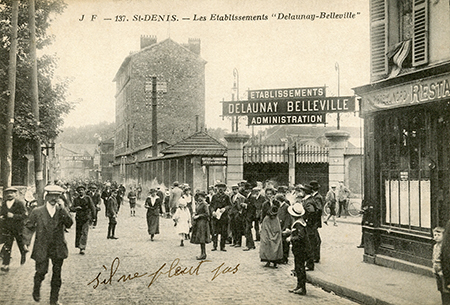 Workers in St Denis Delaunay Belleville factory in about 1910