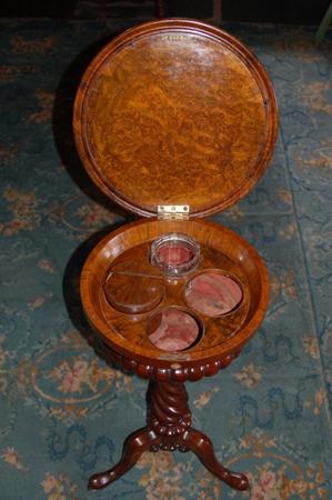 Walnut teapoy