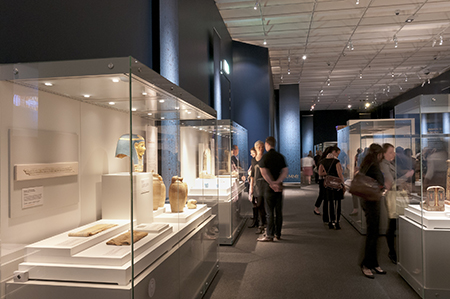 Visitors in the Mummy: Secrets of the Tomb exhibition