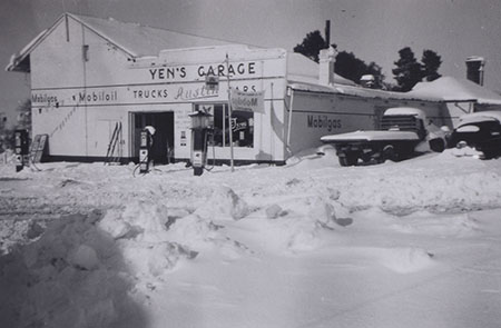Yen's Garage, Old Adaminaby