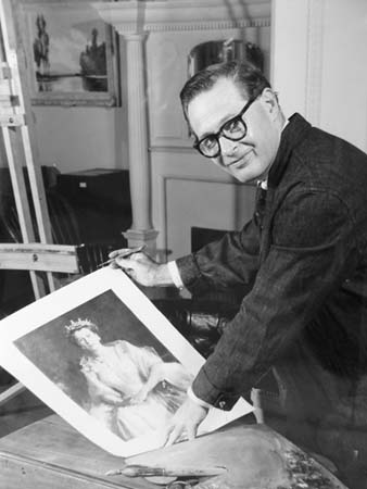 Photo of William Dargie with a copy of the Queen's portrait