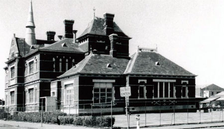 Fig. 9. Collingwood Domestic Arts College, photograph courtesy John Young